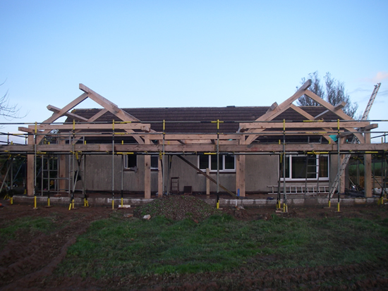 Traditional oak timber frame manufacture devon for Timber frame bungalow